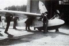 Das neue Medebacher Schulflugzeug wird in Oerlinghausen abgeholt