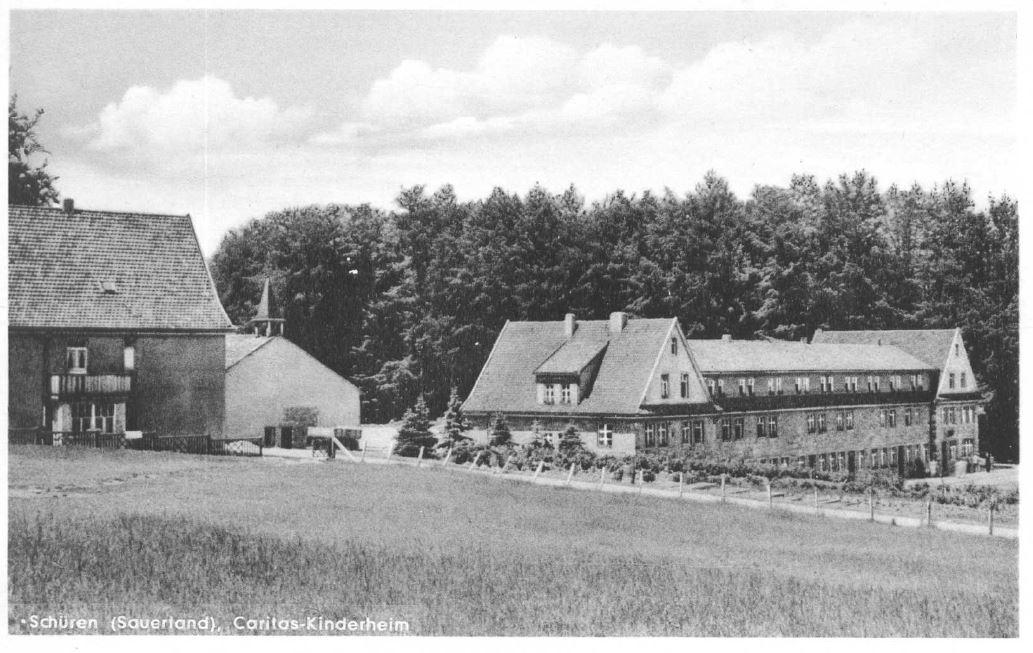 """Kirche schon mit """"Glockenturm"""""""