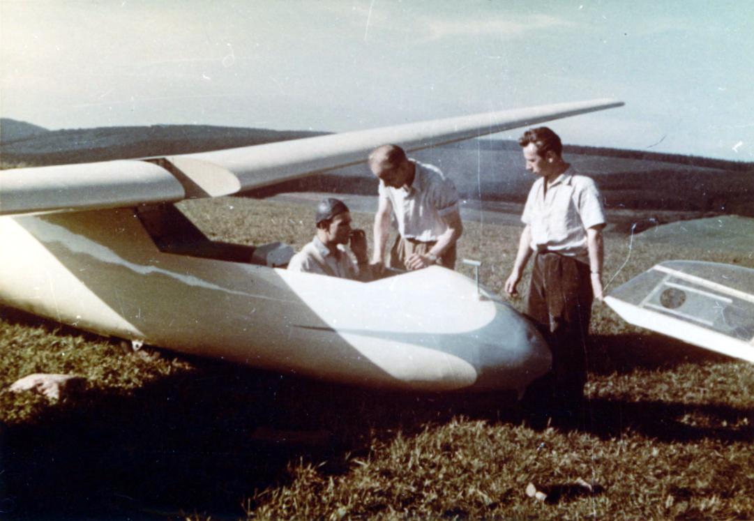 Fluglehrer Ewald Schuessler aus Schmallenberg